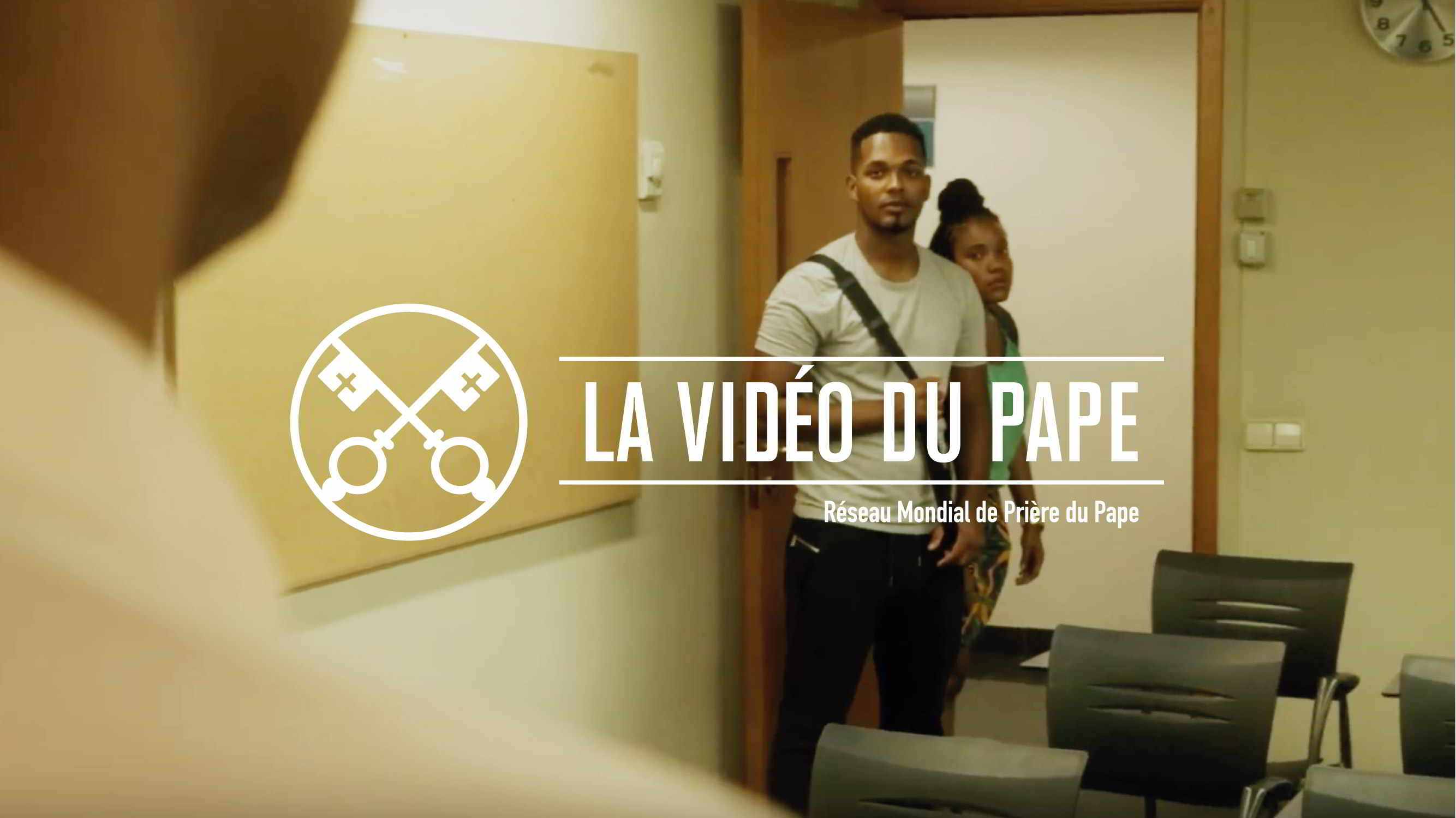 Official Image - The Pope Video 9 2018 - Young People in Africa - 4 French